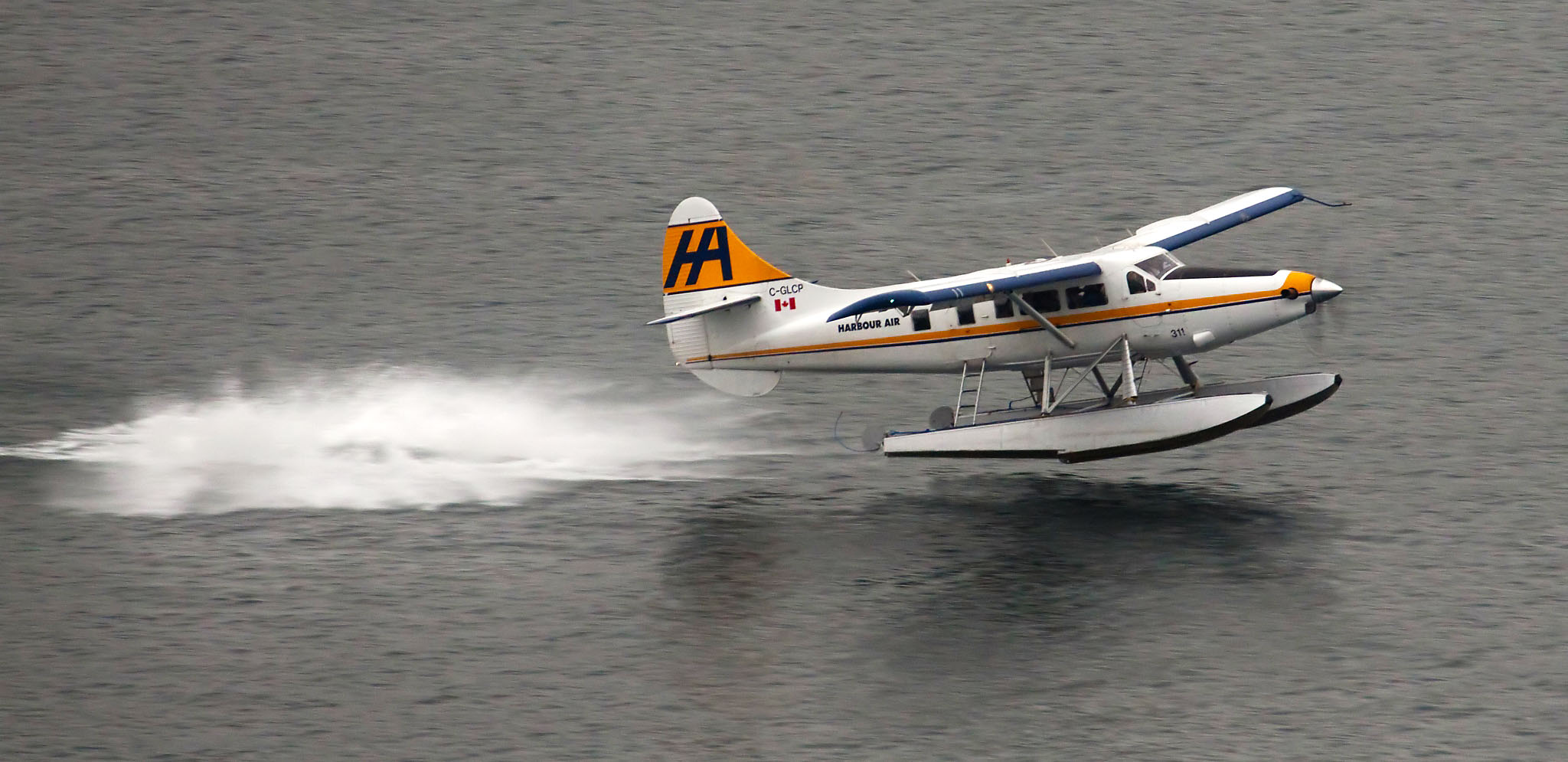 A De Havilland Otter on floats